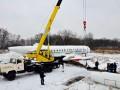 Перевозку самолета по улицам Киева перенесли на сутки