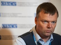 Боевики представляются ОБСЕ военными РФ - Хуг