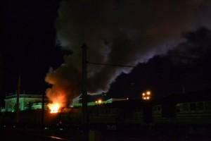 В Ровно у вокзала сгорел поезд