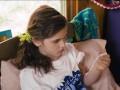 Героиней рекламы предметов женской гигиены стала 12-летняя девочка