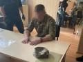 Замруководителя военного лицея в Киеве поймали на взятке