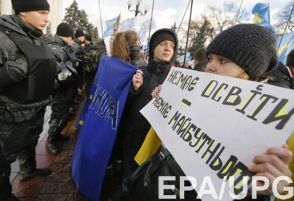 В ПАСЕ обсудили новый закон об образовании, который не нравится соседям Украины