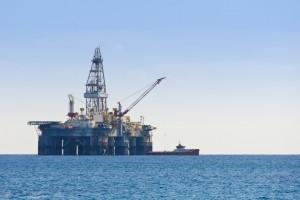 Нефть на мировых рынках снова дорожает