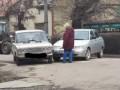 Не хотела жить: На Закарпатье женщина бросилась под ВАЗ