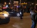 В толпу протестующих на Героев Днепра въехала машина