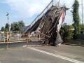 Рухнувший пешеходный мост в Киеве не будут восстанавливать