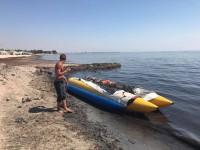 Оккупанты не справляются с тоннами водорослей на крымских пляжах