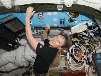 Американка установила рекорд длительности пребывания в космосе