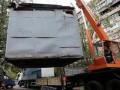 У метро Святошино сносят незаконные киоски (видео)