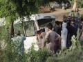 В Пакистане поезд врезался в автобус с паломниками: 29 погибших