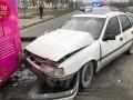 В Киеве авто протаранило троллейбус