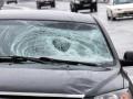 В Киеве автомобиль сбил мужчину, пострадавший ушел домой