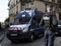 В Париже полицейские