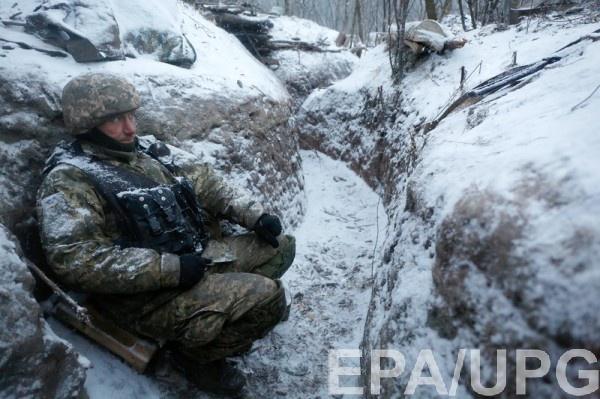 Военные попали под вражеский обстрел