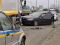 День в фото: ДТП украинского футболиста и призыв прокалывать шины