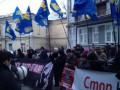 Милицию бить нельзя никому. Захарченко отреагировал на конфликт вокруг Гостиного двора