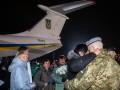 Освобожденным из плена украинцам нашли работу и жилье