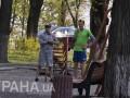 Зеленский делал утреннюю зарядку возле Рады