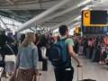 В аэропортах Лондона из-за сбоя системы застряли 15 тысяч пассажиров