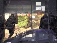 Как полиция ликвидировала террориста в Париже - полное видео