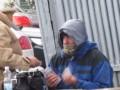 Журналисты засняли, как в Киеве платили деньги за пикет КГГА