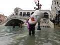 Наводнение в Венеции пошло на спад
