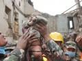 В Непале из-под завалов спасли четырехмесячного ребенка