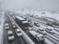 Климкин уже хвалит Кличко: Снег идет, дороги убраны