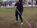 Кличко показал видео наказания вандала, оборвавшего подсветку на Подоле