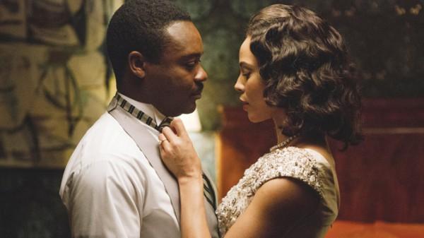 Кармен Эджого сыграла жену Лютера Кинга мл. уже второй раз. Первым был фильм Бойкот в 2001 г. Тогда Мартина играл Джеффри Райт, будущий муж Кармен.