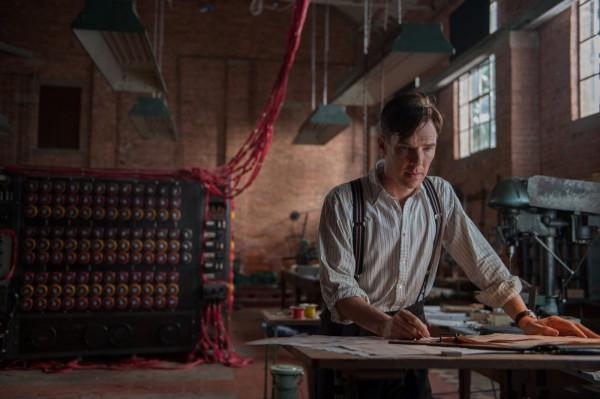 В фильме машина Тьюринга Кристофер является точной копией оригинала, который хранится в музее в Блетчли-парк.