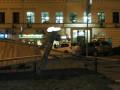 На Подоле снесли забор вокруг памятника Сагайдачному