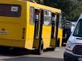 Киевская маршрутка сбила трех человек, один погиб