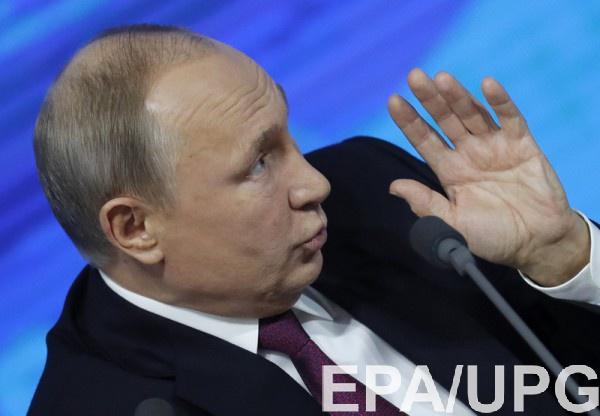 Путин считает, что Порошенко поднял себе рейтинг за счет интересов народа