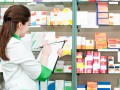 Стало известно, как фармацевты наживаются на лекарствах