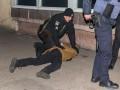 В Днепре хулиганы избили охранника супермаркета