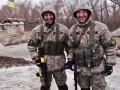Подъезд к Луганску охраняют воины-близнецы