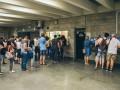 Успей купить по 5: в киевском метро люди стоят в огромных очередях