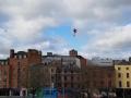 Супермен существует: Сеть взорвало видео полета парня над рекой