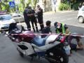 В Киеве нетрезвый прохожий с ножом отнял у байкера мотоцикл