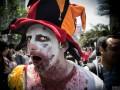 Улицы Сантьяго заполонили 20 тысяч зомби (ФОТО)