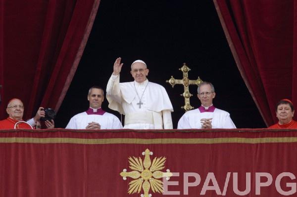 Папа Римский выступил с ежегодным посланием Городу и миру