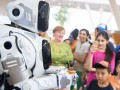 Телеканал выдал за робота танцора в костюме - СМИ