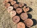 В Волынской области на огороде выкопали 14 противотанковых мин
