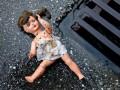 В Херсонской области трехлетнюю девочку насиловал сожитель ее матери