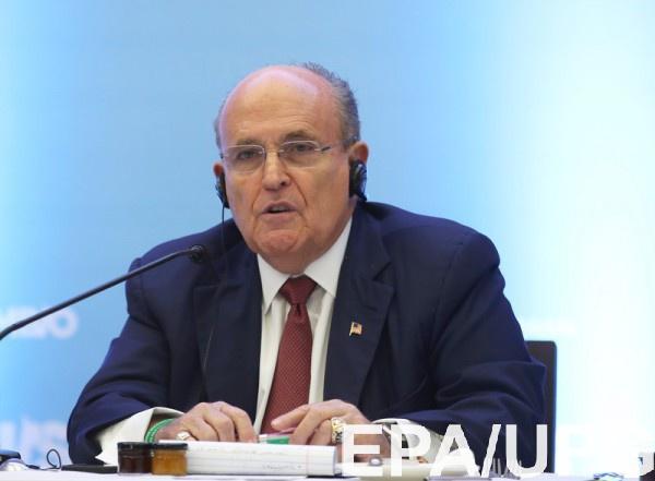 Джулиани заявил, что достал доказательства о вмешательства Киева в выборы в США