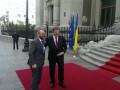 Глава Европарламента пообещал Украине восемь миллиардов евро