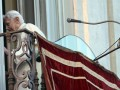 Американка сделала портрет Бенедикта XVI из 17-ти тысяч презервативов