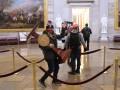 В штурме Капитолия обвинили более 300 человек