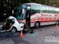 Под Харьковом столкнулись автобус и легковушка: Есть жертвы